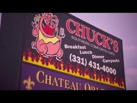 How Chuck's Cafe Simplified Operations with HotSchedules Restaurant Management Platform